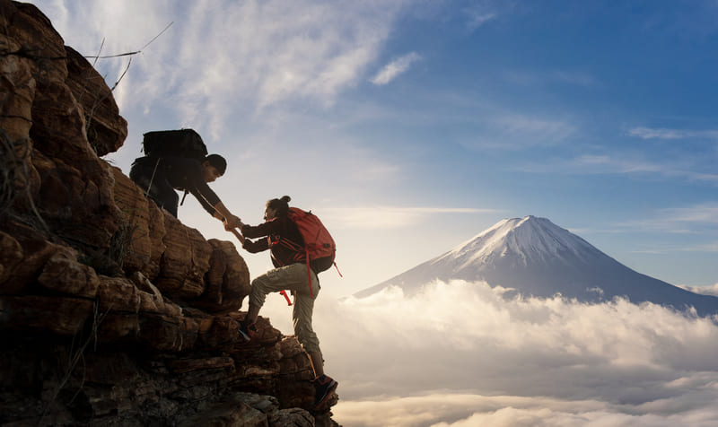 Ayudando a otra persona a convertirse en nómada digital con un negocio de viajes.