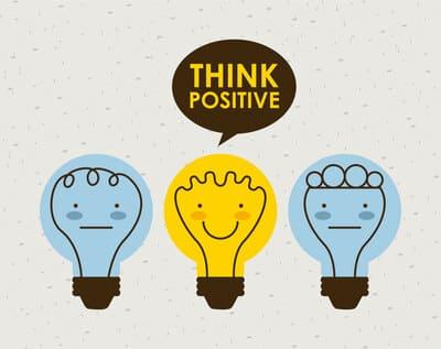 Piensa siempre en positivo a la hora de convertirte en nómada digital.
